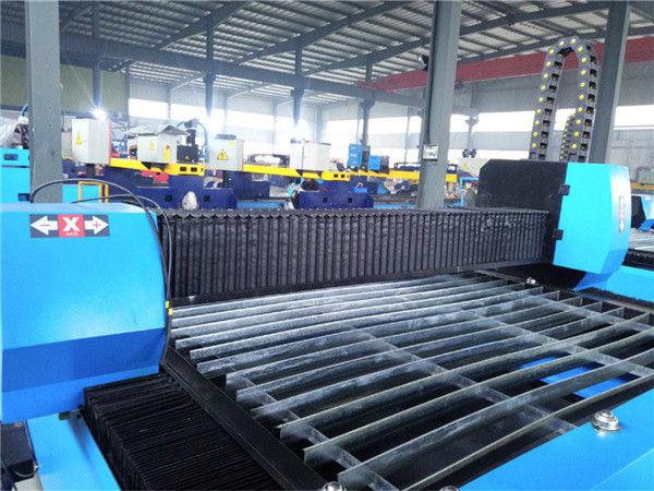 Praktický a ekonomický vysoce přesný stroj na zpracování kovů, přenosný CNC plazmový řezací stroj Zk1530