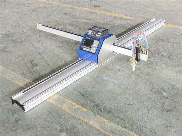 Řezání kovů kovový nízkonákladový cnc plazmový řezací stroj 1530 IN JINAN vyvážený po celém světě CNC